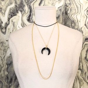 Jewelry - 4 PC STONE CRESCENT BULL HORN NECKLACE SET BLACK
